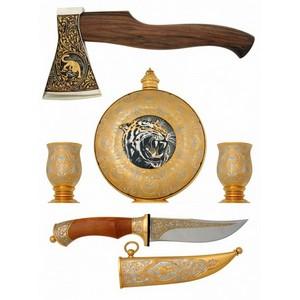 Набор охотничий с ножом и топором