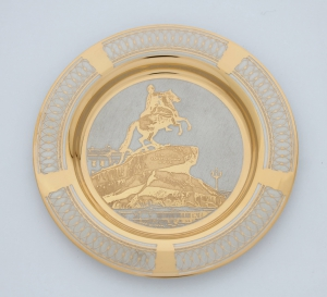 Сувенирная тарелочка Санкт-Петербург